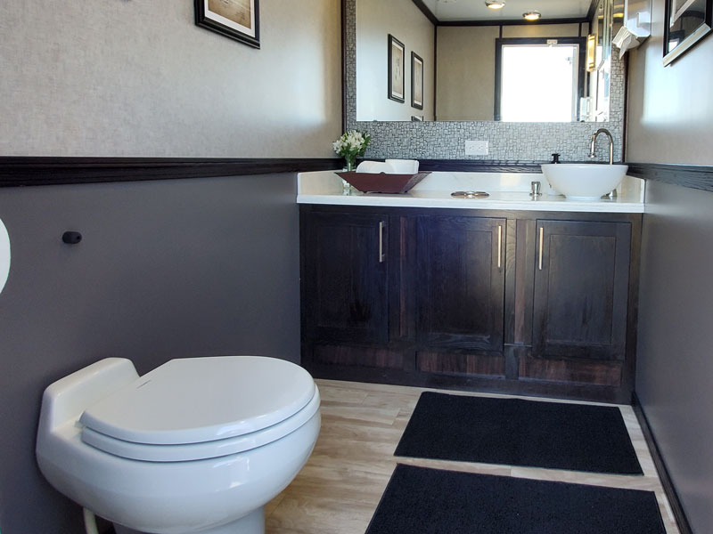 2 unit restroom trailer dual vanity