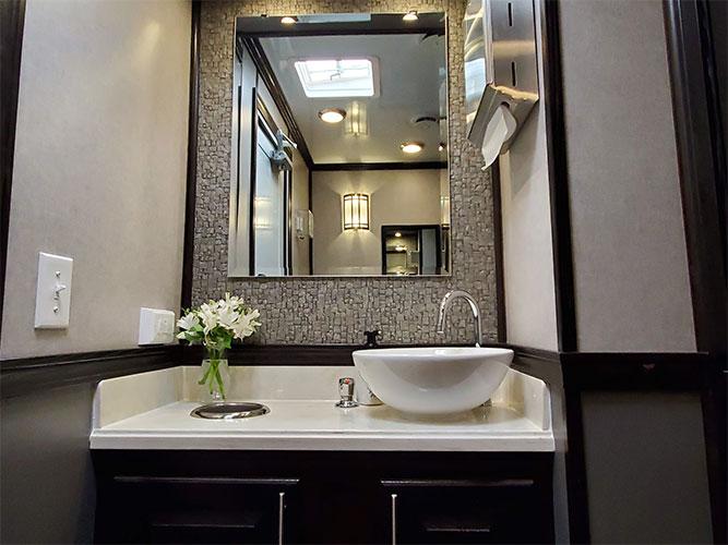 4 unit portable restroom trailer vanity